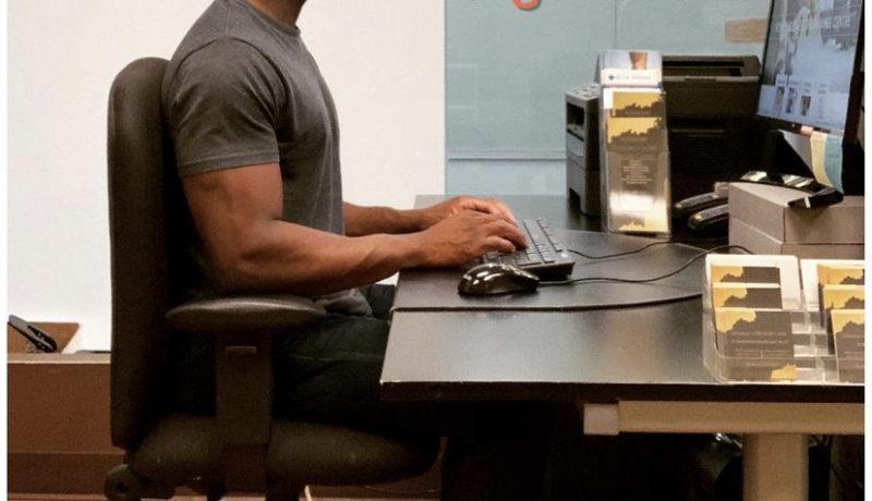 Home office ergonomics photo
